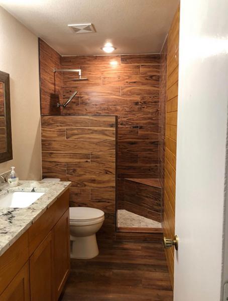bath-woodlook-tile-
